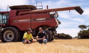 Farmer Gary Bruce (left) with YP-AG partner and director, Chris Davey. Image courtesy of Leading Agriculture