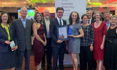 Centre for Invasive Species Solutions board directors, staff, project leaders and collaborators pictured with the the Hon. David Littleproud MP Minister for Agriculture after receiving the Australian Biosecurity Award - Industry, at the awards ceremony. (L-R: Lyn O'Connell, Department of Agriculture and Water Resources; Johann Schroder, MLA; Emma Sawyers, NSW DPI; Murray Rankin, CISS, the Hon. David Littleproud Minister for Agriculture; Tarnya Cox, NSW DPI; Tanja Strive, CSIRO; Andreas Glanznig CISS; Jane Littlejohn, AWI; Bruce Christie, NSW DPI; and Helen Cathles, CISS).